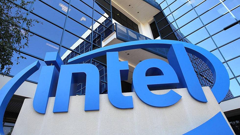 Новый генеральный директор Intel требует чипов получше, чем у Apple